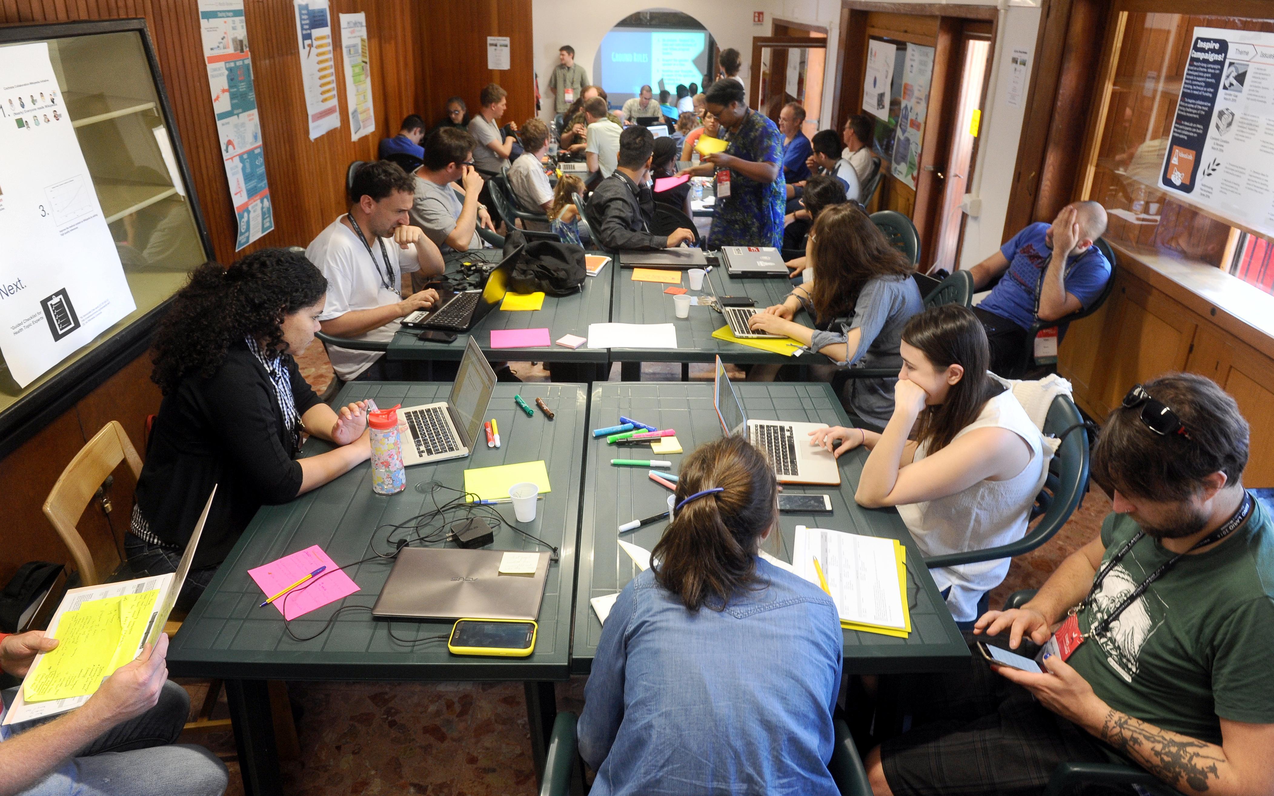 Wikimania_2016_-_IdeaLab_Workshop_02