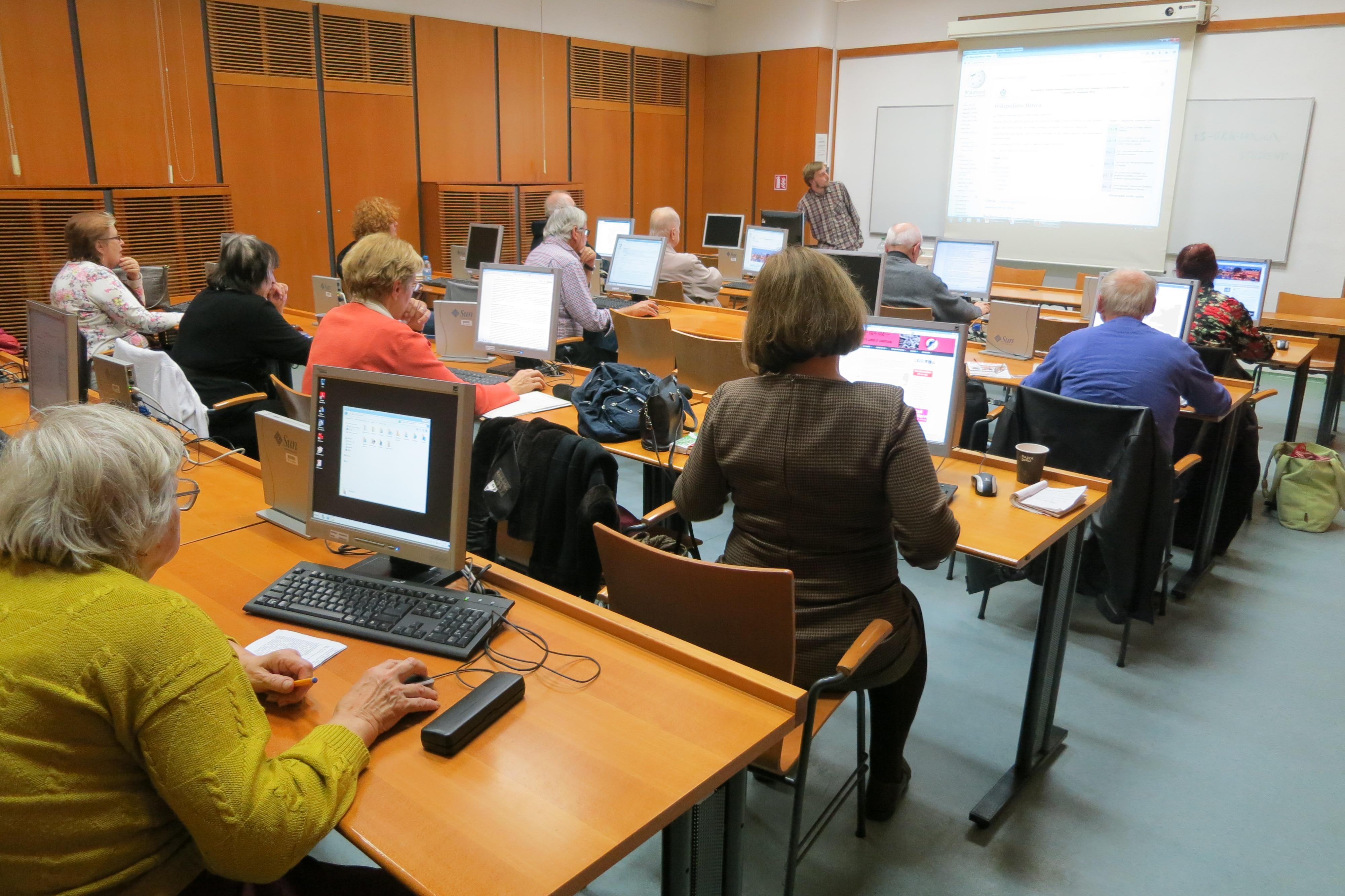 סדנת ויקיפדיה לגמלאים בבאר שבע