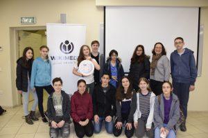 מגנוס הלרן, שגריר שוודיה בישראל עם התלמידים